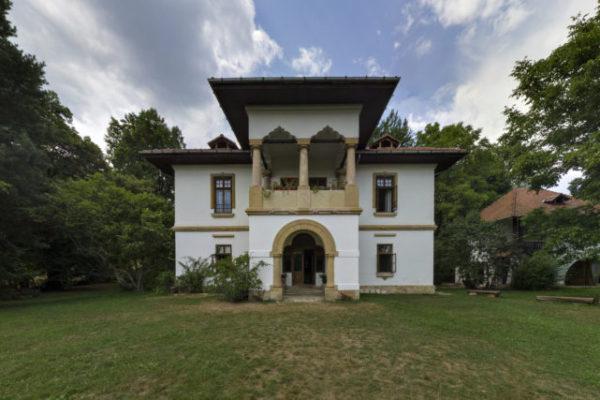 Panorama vila Golescu foto Mihai Bodea